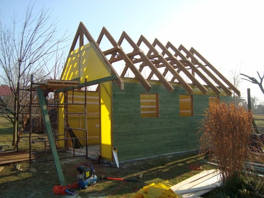 Garaż drewniany konstrukcja dachu